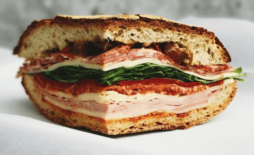 Sandwich Muffaletta from New Orleans, USA